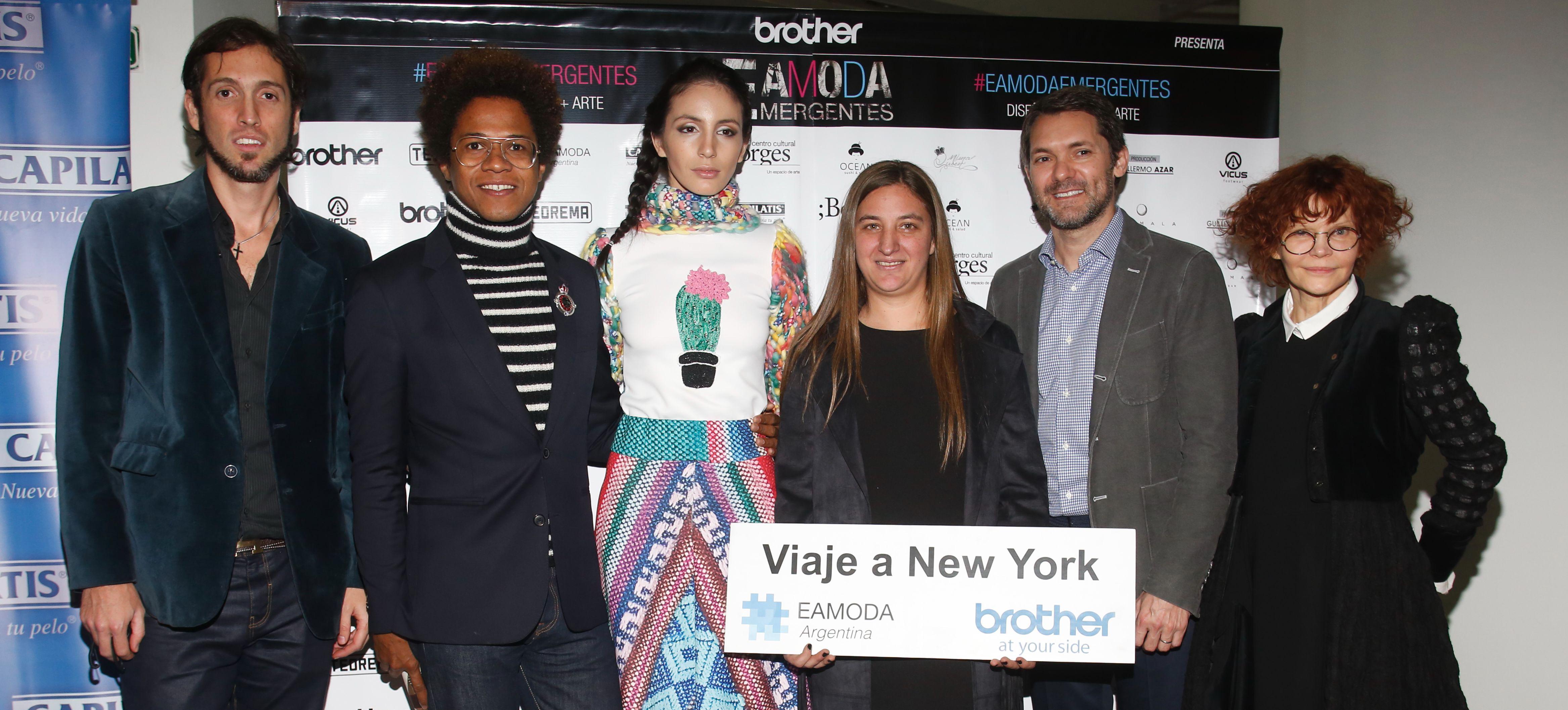 6cbe342862 El sábado 3 de septiembre, la Escuela Argentina de Moda realizó EAMODA  EMERGENTES bajo la producción de Guillermo Azar; el primer evento que  fusiona el arte ...